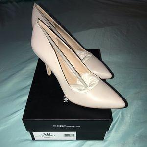 BCBGeneration Gray Heels, Sz 9